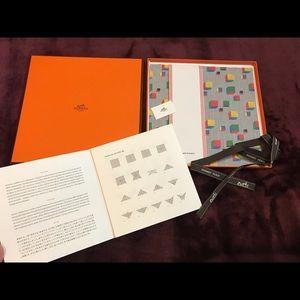 Hermes Origami Paper Set